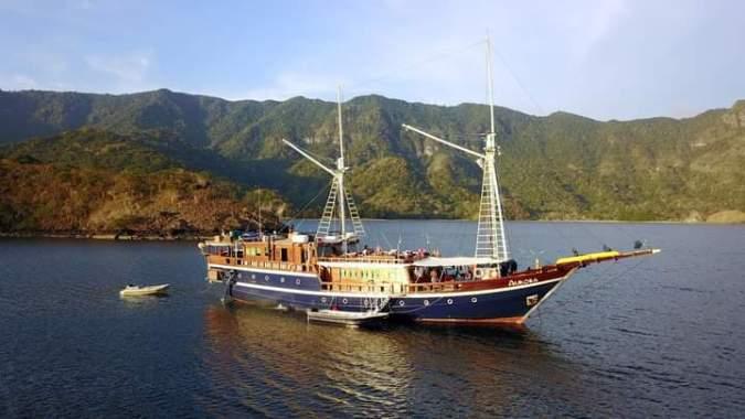 Aurora Liveaboard Diving Sailing Trip