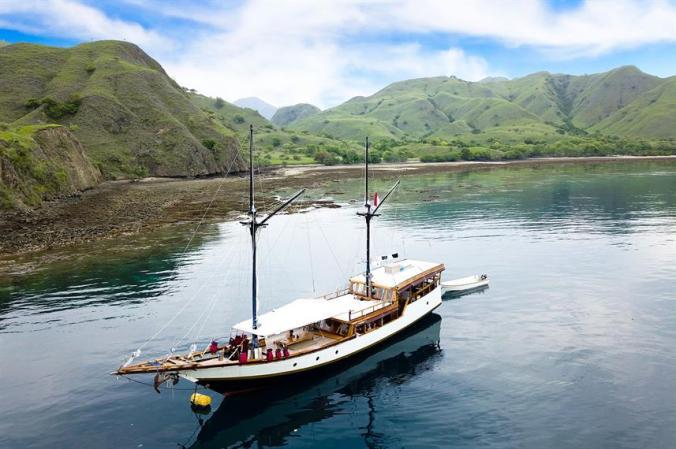 charter-boat-samara-ii-2-liveaboard-phinisi